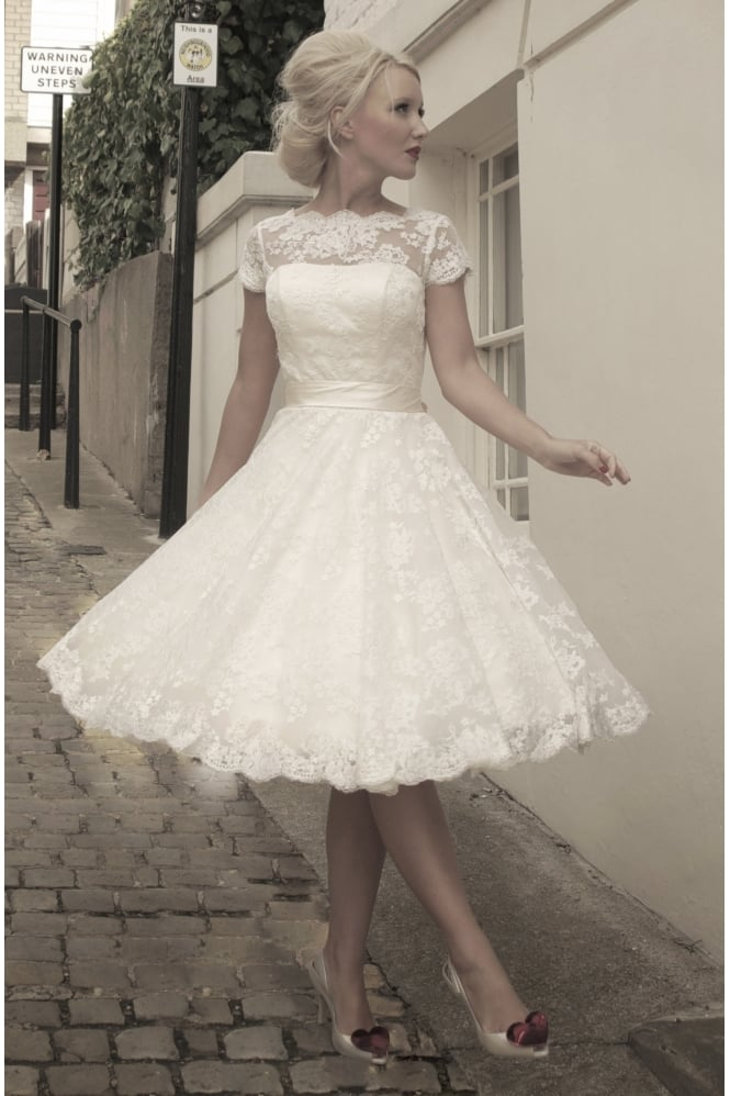 vintage style wedding dresses