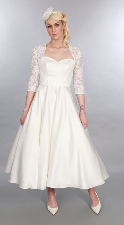Timeless Chic 1950s style wedding dresses