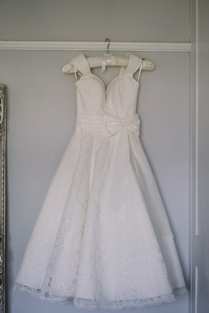 Emma Wedding dress - Timeless Chic