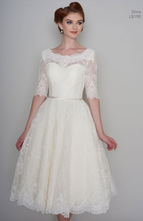 sweetheart necklines on short wedding dresses