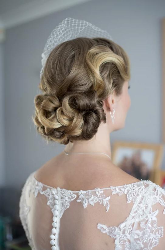 stunning retro wedding hair