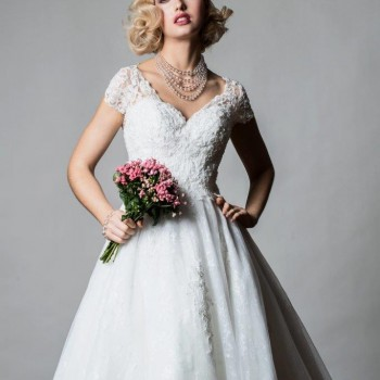 Tiana tea Length Lace Alan Hannah Rita Mae Wedding Dress With Cap Sleve (2)