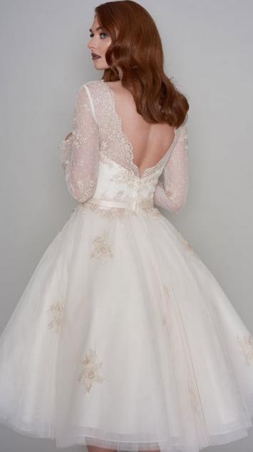 Stunning Coloured Retro Wedding Dresses Cutting Edge Bridescutting Edge Brides