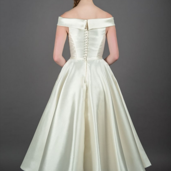 short wedding dress with pockets
