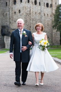 Real bride and groom Simon and Elizabeth from Cutting Edge Brides