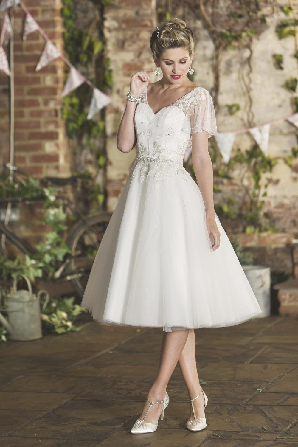 Chloe 1950 S Vintage Tea Length Wedding Dress With Embroidered Cap Sleeve And Sweethear Bodice