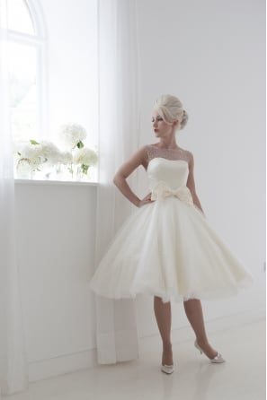 DAISY Retro Polka Dot Tea Length Short Wedding Dress