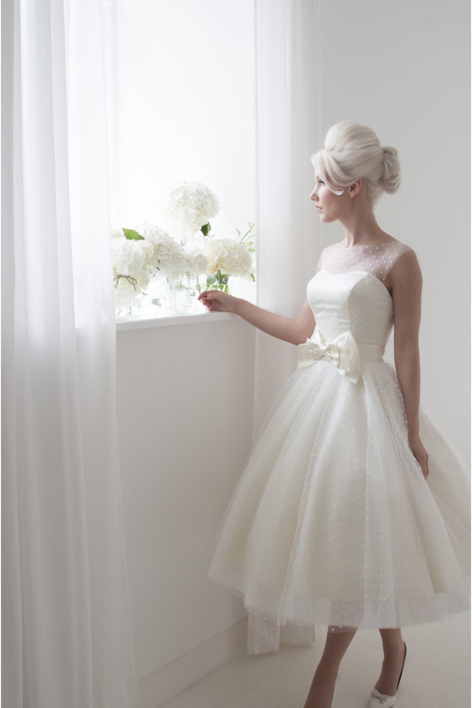 DAISY Retro Polka Dot Tea Length Short Wedding Dress