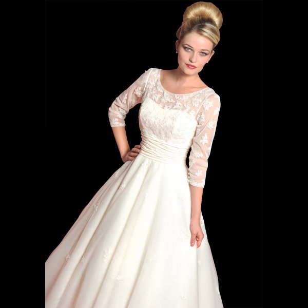 Loulou Bridal DAHLIA Vintage Style Tea Length Wedding Dress With Sleeves