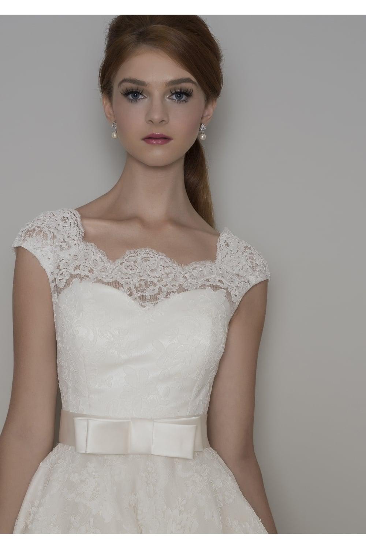 Louou bridal florrie 1950s tea length lace short wedding dress sleeves florrie lace tea length short wedding dress with cap sleeve junglespirit Images