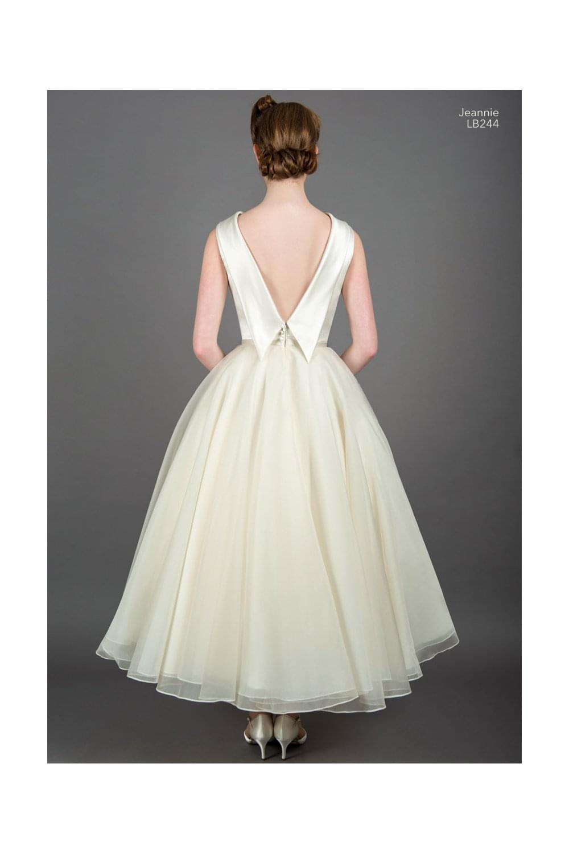 3d71778bf35 JEANNIE Vintage Tea Length 50s Style Wedding Dress