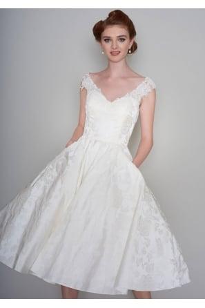 Cutting Edge Brides | Facebook